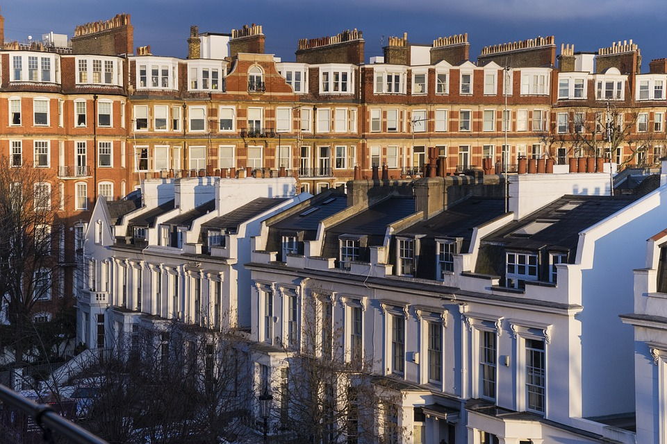 How far will London property buyers go to secure a dream home?